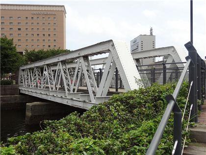 ギリストラス系トラス橋の遺構として貴重な港三号橋梁